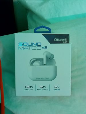 Sound mates 5.0 bluetooth earbuds for Sale in Seattle, WA