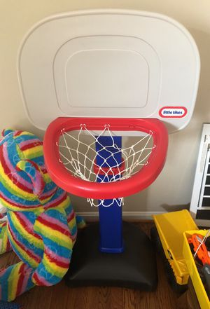 Basketball hoop for Sale in Centreville, VA