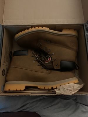 Red wing steel toe work boots (size 10.5) for Sale in Independence, OH