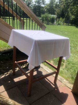 20 WEDDING Table Cloths for Sale in Jacksonville, NC