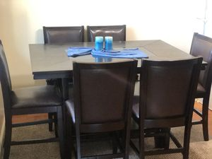 Ashley dining table set with carpet for Sale in Concord, CA