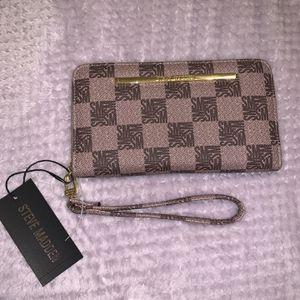 Brand New Steve Madden Wallet Clutch for Sale in Turlock, CA