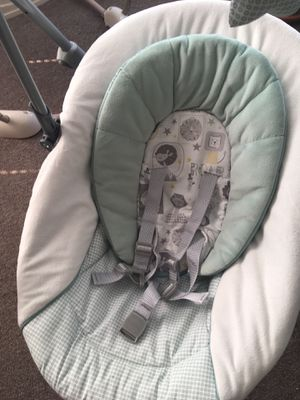 Graco baby swing for Sale in San Francisco, CA