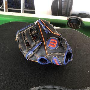 Kids Baseball glove like new for Sale in San Jose, CA