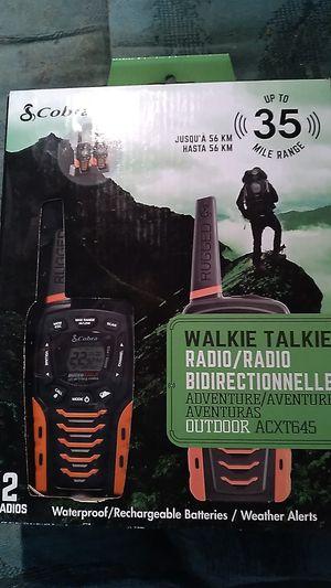 Cobra walkie talkies 35 mile range waterproof for Sale in Phoenix, AZ