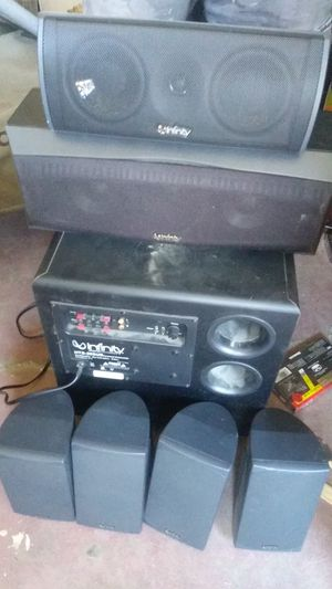 Sony stereo receiver with infinity speakers for Sale in Visalia, CA