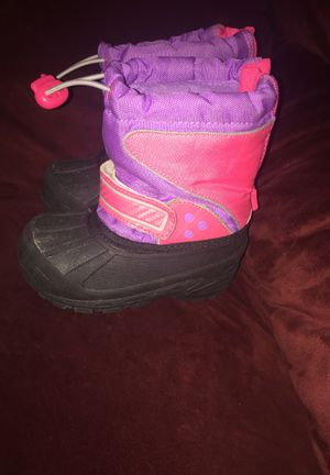 Circo toddler girls snow boots size 7/8 heavy for Sale in Newtown Square, PA