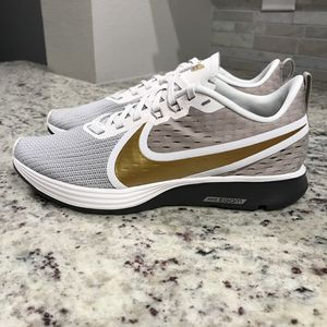 🆕 BRAND NEW Nike Zoom Strike 2 Shoes for Sale in Dallas, TX