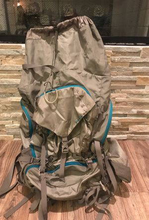 Gregory Deva 60 Women's Internal Frame Backpack for Sale in San Diego, CA