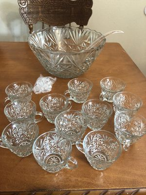 Punch bowl set for Sale in Blue Ridge, TX