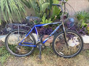 Trek 800 Mountain Bike for Sale in Downey, CA