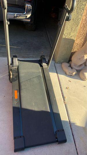 Avari Fitness Treadmill for Sale in Hemet, CA