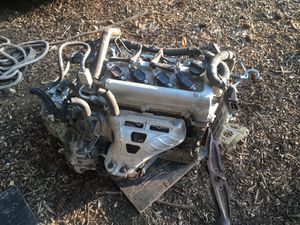 2007 Toyota Yaris engine and doors for Sale in Kent, WA