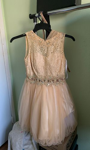 Dama dress size small for Sale in Las Vegas, NV