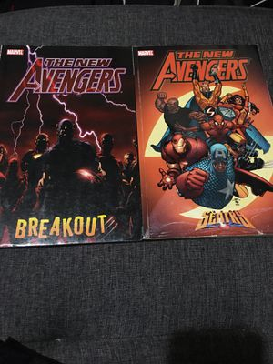 The New Avengers vol 1 and 2 for Sale in Chicago, IL