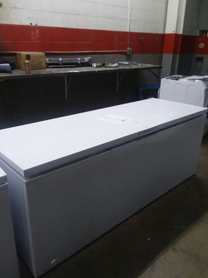 25 Cu. Ft. Chest Freezer for Sale in St. Louis, MO