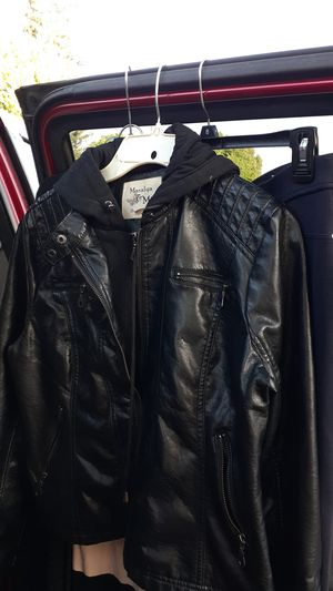 Black hoodie leather jacket for Sale in Concord, CA