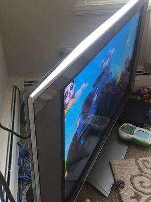 """50"""" flat screen tv Toshiba for Sale in East Dundee, IL"""