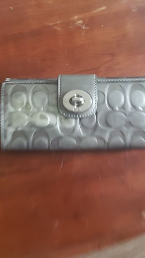 Coach silver clutch wallet for Sale in Nashville, TN