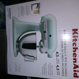 KitchenAid mixer 4.5 liters BLACK for Sale in Los Angeles, CA
