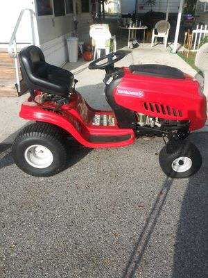 Yard Machine yard tractor/riding mower for Sale in Winter Haven, FL