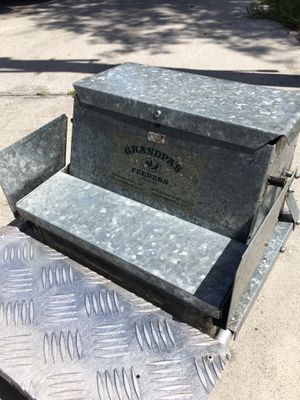 Chicken Feeder for Sale in Hudson, FL