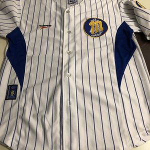 Magallanes Topper Baseball Jersey for Sale in Hollywood, FL