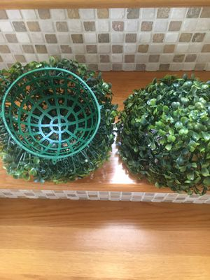 """Set of 2 Top Topiary 6"""" for Sale in Kissimmee, FL"""