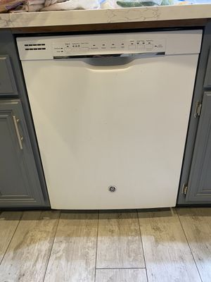 Kitchen appliances dish washer stove microwave for Sale in Riverside, CA