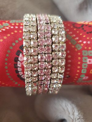Stretchable bracelet. 3pc set for Sale in Peoria, IL