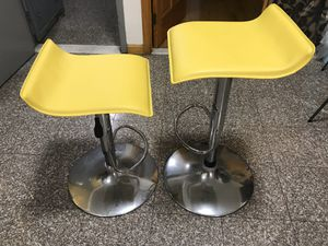 2 Adjustable height barstools for Sale in Brooklyn, NY