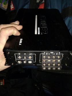 400 Watt 4 channel Amp for Sale in Fallbrook,  CA