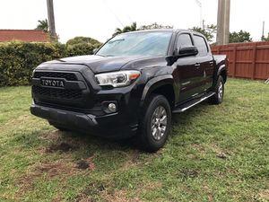 2017 Toyota Tacoma for Sale in Miami, FL