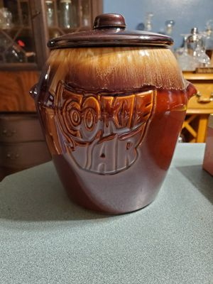 McCoy Brown Drip Cookie Jar w/ original box (antique/vintage) for Sale in Lanesville, IN