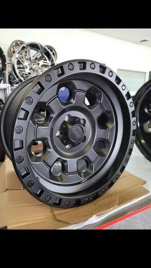 17 inch 5lug 5x114.3 jeep wheels for Sale in Phoenix, AZ