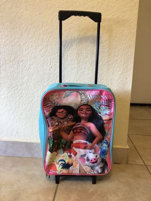 Moana carryon luggage for Sale in Miramar, FL