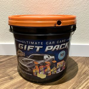 10 Items Car Care Bucket for Sale in Bellevue, WA
