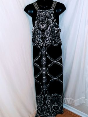 Love Luscious Maxi Dress Size L for Sale in Gainesville, FL