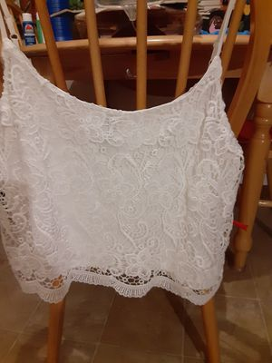 Divided Brand by H&M White Lace camisole with lining! Adjustable straps! Gorgeous!! for Sale in Tacoma, WA