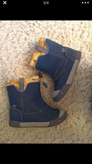 Youth Size 12 KEEN rain boots for Sale in Spanaway, WA