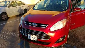 2014 C-Max ford runs very good. Clean title 80 milles for Sale in Chula Vista, CA