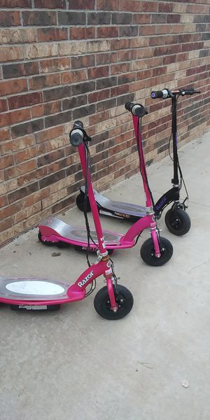 3 electric scooters need batteries and charger all 3 for 30 or 15 ea for Sale in Odessa, TX