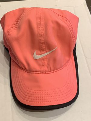 Nike tennis hat for Sale in Hollywood, FL