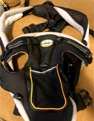 Jeep Kolcraft 2 n 1 baby carrier for Sale in Columbus, OH