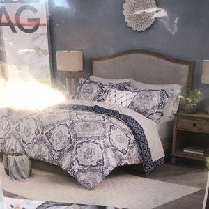 New Queen 8 Piece Comforter Set for Sale in Dallas, TX