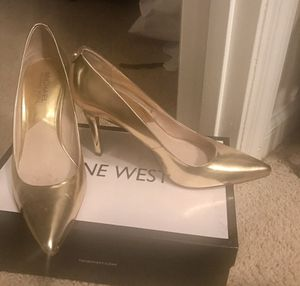 Michael Kors pumps for Sale in Tampa, FL