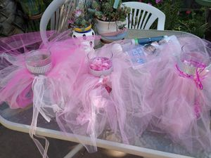 6 centerpieces glass bling & tulle fcfs $20 set for Sale in Patterson, CA