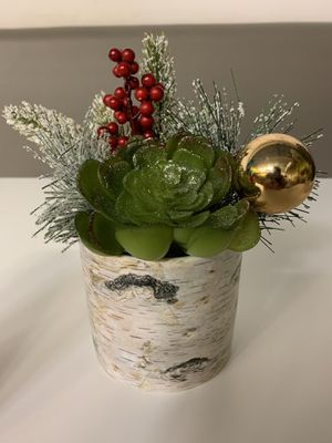 Christmas Plant Decoration / quantity 2 fake plants for Sale in Miami, FL