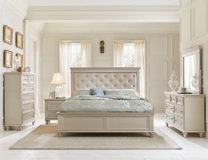 4-PCS Queen Size Bedroom Set in Offer for Sale in Orlando, FL