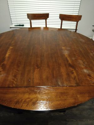 High breakfast table with 4 chairs. Can be square or round. for Sale in Pflugerville, TX